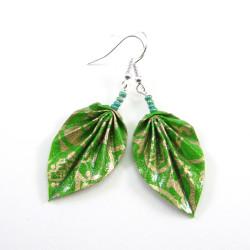 Origami Blätter in grün-gold