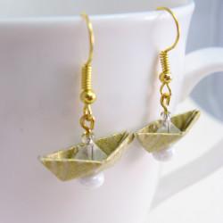 Goldene Segelboot Ohrringe