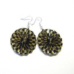 Ohrringe in schwarz-gold