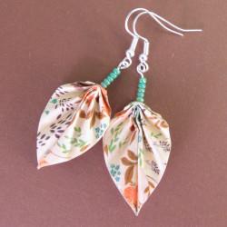 Vintage Style Origami Blätter